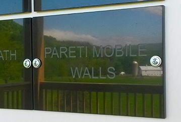 Pareti gallery wall Testimonial